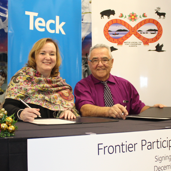 Fort Chipewyan Métis and Teck Sign Frontier Project Participation Agreement