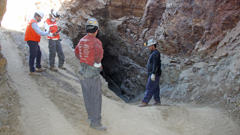 Supporting Artisanal Miners in Andacollo through Dialogue and Safety