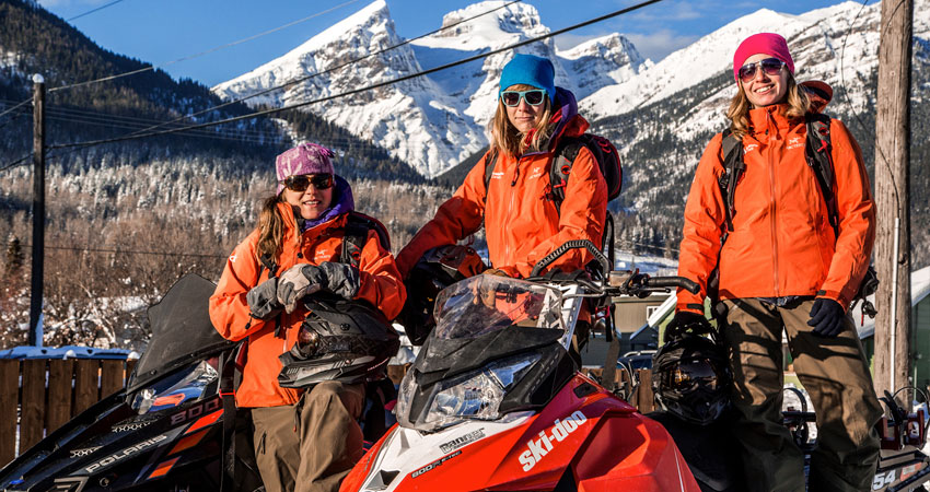 Safe Snowmobiling in the Elk Valley